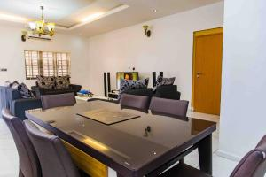 3 bedroom Self Contain Flat / Apartment for shortlet ... Ikate Lekki Lagos