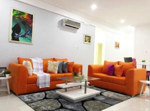 3 bedroom Self Contain Flat / Apartment for shortlet Lekki Lagos