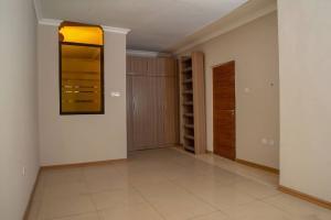 3 bedroom Semi Detached Duplex House for sale Mende Mende Maryland Lagos