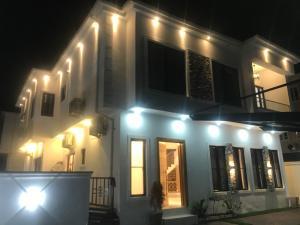 5 bedroom Detached Duplex House for rent Idado Estate, Agungi, Lekki Ibeju-Lekki Lagos
