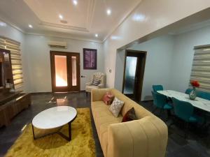 5 bedroom Self Contain for shortlet   Lekki Phase 1 Lekki Lagos