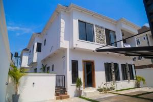 5 bedroom Detached Duplex House for sale Idado Idado Lekki Lagos