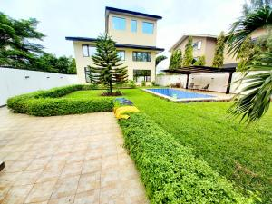 5 bedroom Detached Duplex for rent Banana Island Ikoyi Lagos
