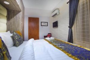 1 bedroom mini flat  Flat / Apartment for shortlet Off Adebayo Doherty Lekki Phase 1 Lekki Lagos