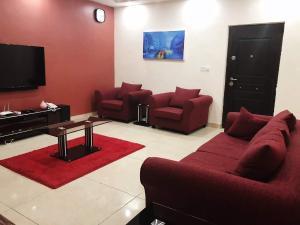 2 bedroom Boys Quarters Flat / Apartment for shortlet Ozumba Mbadiwe Road Victoria Island Lagos