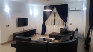 2 bedroom Flat / Apartment for shortlet Onigefon road ONIRU Victoria Island Lagos