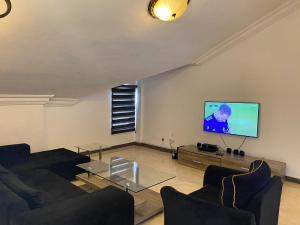 Flat / Apartment for shortlet Abiodun Yesufu  ONIRU Victoria Island Lagos
