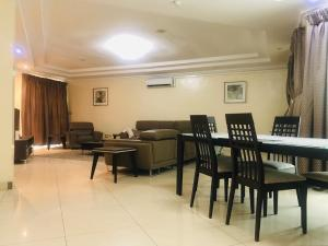 2 bedroom Flat / Apartment for sale .. Parkview Estate Ikoyi Lagos