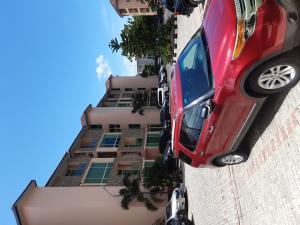 2 bedroom Blocks of Flats House for rent Off Club Road Bourdillon Ikoyi Lagos