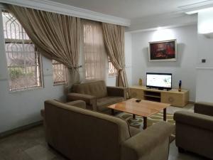 2 bedroom Flat / Apartment for shortlet S Maitama Abuja