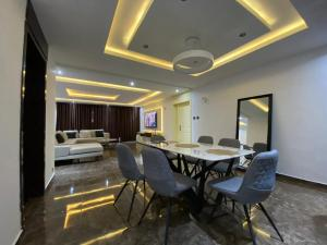 3 bedroom Flat / Apartment for shortlet Ikoyi Lagos
