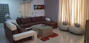 3 bedroom Mini flat Flat / Apartment for shortlet mosley Old Ikoyi Ikoyi Lagos