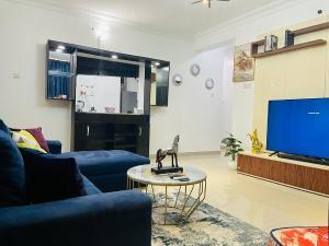3 bedroom Flat / Apartment for shortlet Osapa london Lekki Lagos