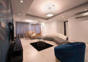 3 bedroom Flat / Apartment for shortlet Bourdillon Ikoyi Lagos