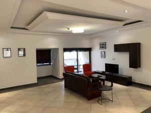 3 bedroom Flat / Apartment for shortlet Banana Island Road Ikoyi Lagos