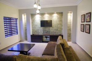 3 bedroom Flat / Apartment for shortlet Adeyemi Lawson Old Ikoyi Ikoyi Lagos