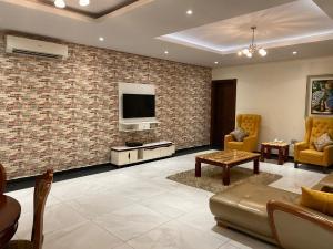 3 bedroom Shared Apartment Flat / Apartment for shortlet Admiralty Way, Lekki Phase 1, Lekki. Lekki Phase 1 Lekki Lagos