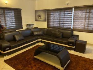 3 bedroom Blocks of Flats House for shortlet - Ikate Lekki Lagos