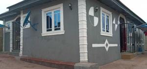 3 bedroom Detached Bungalow House for sale Ologuneru Ibadan Oyo