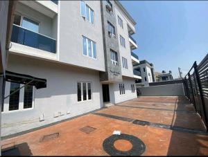 3 bedroom House for sale ONIRU Victoria Island Lagos