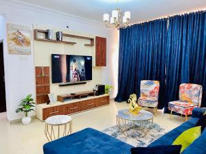 3 bedroom Self Contain Flat / Apartment for shortlet - Osapa london Lekki Lagos