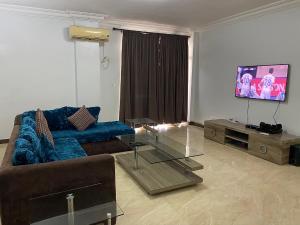 3 bedroom Self Contain Flat / Apartment for shortlet ... ONIRU Victoria Island Lagos