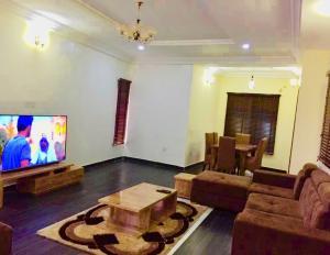 3 bedroom Terraced Duplex House for shortlet CHEVRON , ORCHID ROAD , DAVID'S COURT ,, VAN DANIELS ESTATE .LEKKI PHASE 2 chevron Lekki Lagos