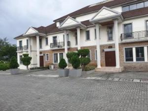 3 bedroom Terraced Duplex House for rent Emperor Estate, Beside Novare Mall Shoprite Sangotedo Ajah Lagos