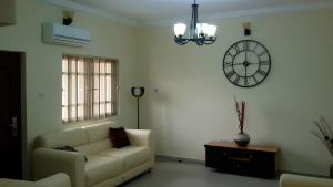 3 bedroom Flat / Apartment for rent Ikate eleguish Ajah Lagos