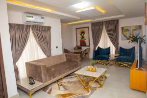 3 bedroom Flat / Apartment for shortlet Baron Apartments, Freedom Way Lekki Phase 1 Lekki Lagos