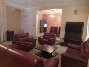 3 bedroom Flat / Apartment for sale Gerrard Road Ikoyi Lagos  Gerard road Ikoyi Lagos