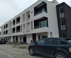 3 bedroom Massionette House for sale Awoyaya bustop  Majek Sangotedo Lagos