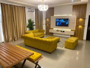 3 bedroom Blocks of Flats House for shortlet Off Aso Street Parkview Estate, Ikoyi Parkview Estate Ikoyi Lagos