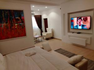 4 bedroom House for shortlet - ONIRU Victoria Island Lagos