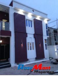 4 bedroom House for sale Bera Estate, by Chevron Drive Lekki Phase 1 Lekki Lagos