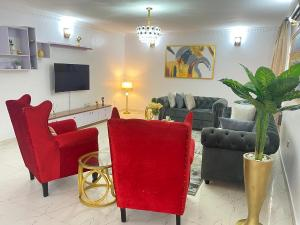 4 bedroom Flat / Apartment for shortlet Safe Court Apartment Ikate Lekki Lagos