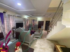 Semi Detached Duplex for sale Magodo Graphase1 Magodo Kosofe/Ikosi Lagos