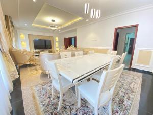 4 bedroom Detached Duplex for shortlet Apo Abuja