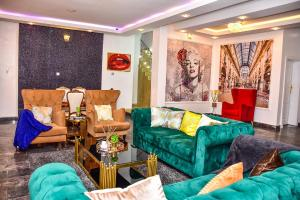 5 bedroom Detached Duplex House for shortlet Chevyview, Chevron, Lekki Lagos chevron Lekki Lagos