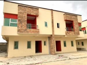 5 bedroom Semi Detached Duplex House for sale Lafiaji Street Via Orchid Road, Chevron Drive chevron Lekki Lagos