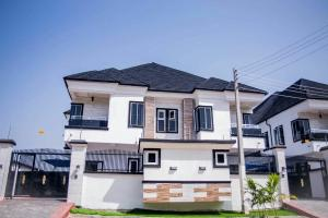 5 bedroom Semi Detached Duplex House for sale Agungi, Lagos Agungi Lekki Lagos