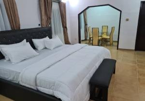 5 bedroom Detached Duplex House for shortlet Ikota 2 mins from VGC VGC Lekki Lagos