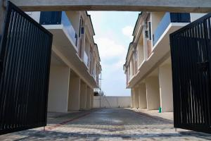 4 bedroom Terraced Duplex House for sale Romax Homes, VGC VGC Lekki Lagos