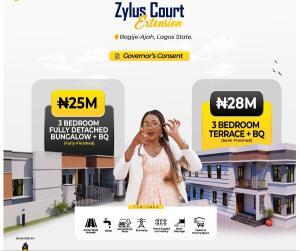 3 bedroom Detached Bungalow House for sale Zylus Court Extension Bogije, Directly Facing Lekki Epe Expressway. Lekki Lagos