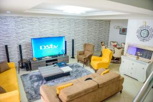 4 bedroom Terraced Duplex House for shortlet Brains And Hammers Life Camp Abuja
