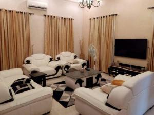 3 bedroom Terraced Bungalow House for sale Thomas estate Ajah Lagos