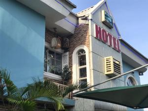 Hotel/Guest House for sale Festac Amuwo Odofin Lagos