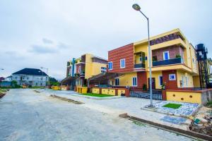5 bedroom Detached Duplex House for sale Buena Vista estate by Chevron second toll gate Lekki Phase 2 Lekki Lagos
