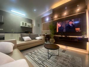 1 bedroom Flat / Apartment for shortlet T Y Danjuma Street Ligali Ayorinde Victoria Island Lagos