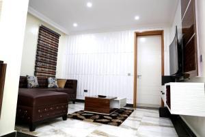 1 bedroom mini flat  Self Contain Flat / Apartment for shortlet ONIRU Victoria Island Lagos